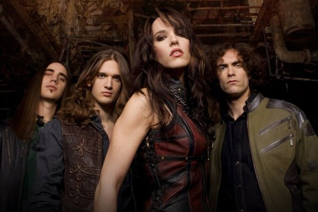 HALESTORM Sign to Roadrunner Records, Announce New EP and Album