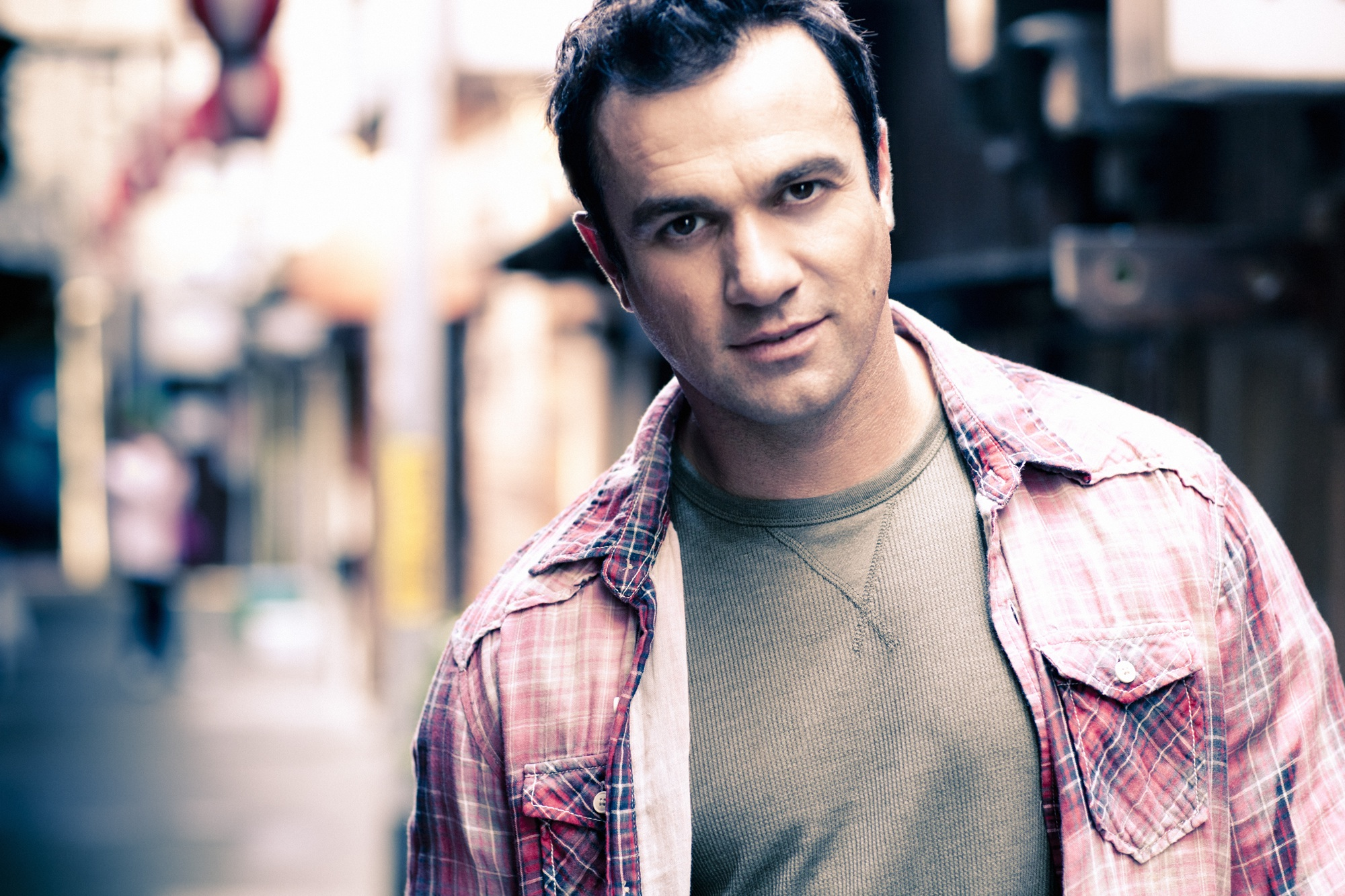 "Shannon Noll…. On the mend and preparing for his ""A Million Suns"" album tour"