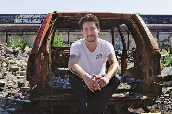 Frank Turner Reveals His Tape Deck Heart