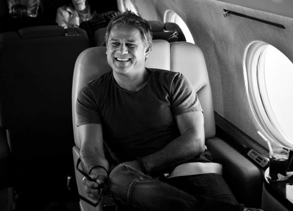 Jon Stevens shows us how to 'Fly' in Planes…