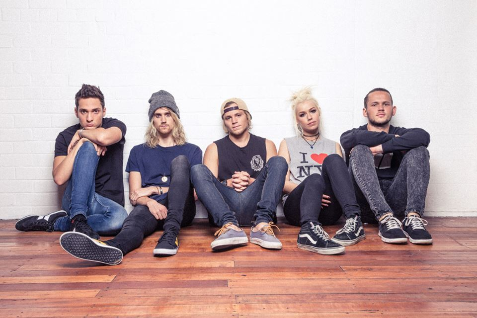 Jenna McDougall and Whakaio Taahi  of Tonight Alive