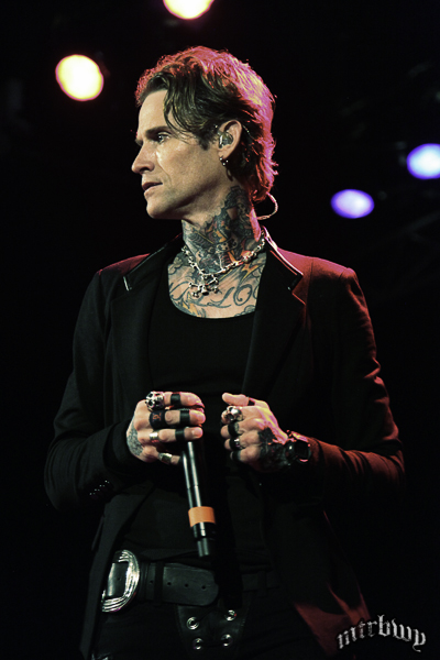 buckcherry-46