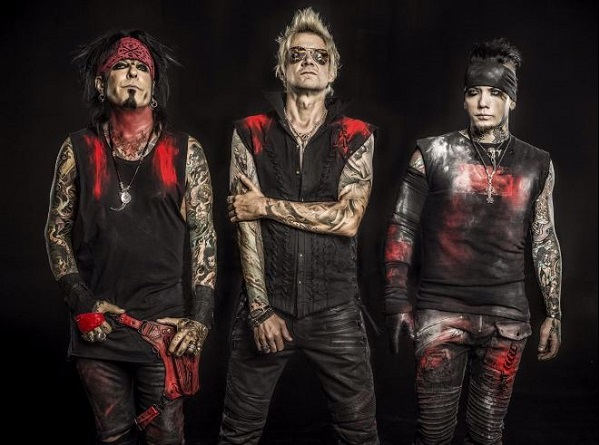 Sixx AM band