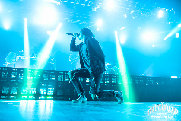 bmth-3