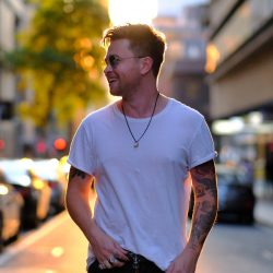 MASTIN Delivers With New Sound On Single 'Not The Man For You' + Announces Ep 'Suitcase Of Stories'  + Australian Tour