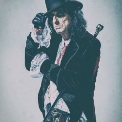 ALICE COOPER To Release Brand New Live Album A Paranormal Evening At The Olympia Paris  On August 31