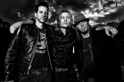Puddle Of Mudd – 'Re:(Disc)overed' new album!