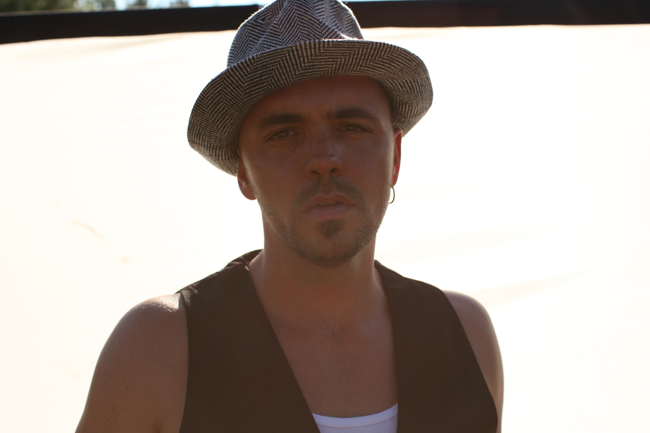 Hawksley Workman confirms Australian tour for Summer 2012