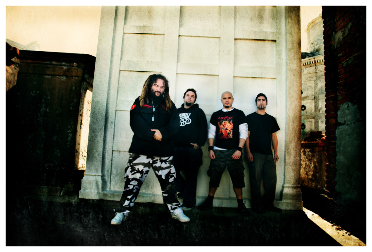 Soulfly to release eighth album 'Enslaved' in 2012