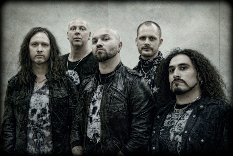 Eden's Curse sign with Rock N Growl management
