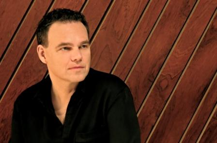 Former Harem Scarem singer HARRY HESS to come back with a brand new solo album 'Living in Yesterday'