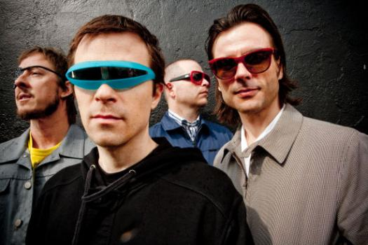 Weezer to tour Australia for the first time in sixteen years!