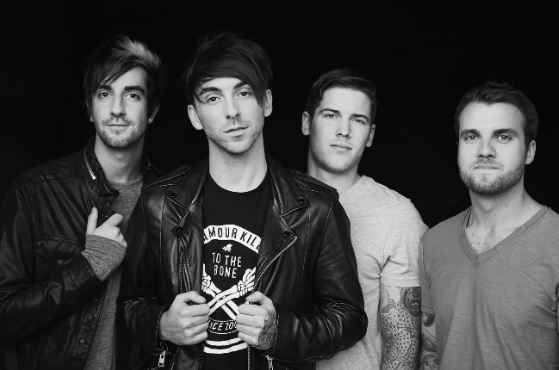 ALL TIME LOW + FIREWORKS ANNOUNCE SIDEWAVES