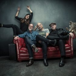 PIXIES announce new album 'Head Carrier' out September 30 + new single 'Um Chagga Lagga'