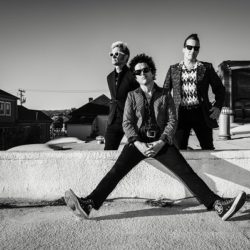 GREEN DAY to tour Australia & New Zealand in 2017 with 'Revolution Radio Tour'