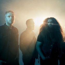 COHEED AND CAMBRIA Share New Single 'Unheavenly Creatures' | New Album 'The Unheavenly Creatures' Out October 5