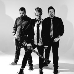 THE SUPERJESUS Celebrate 20th Anniversary Re-Release Of Iconic Album 'Sumo' With Massive National Tour